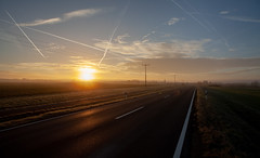 Egstedt (ws.ef) Tags: winter wintermorning morgen morgennebel sunrise sonnenaufgang bluesky clouds street road