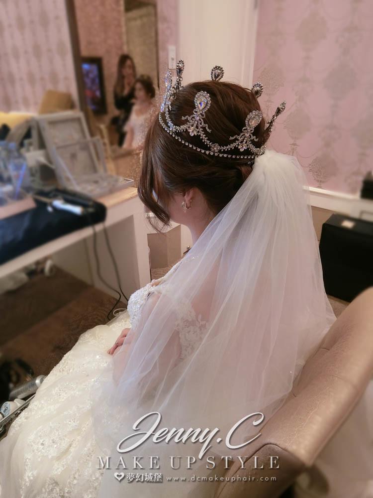 【新秘蓁妮】bride宜蓁 訂結婚造型 /市政路寶麗金