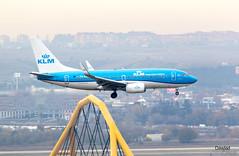 737 PH-BGI sobre La Muñoza (Dawlad Ast) Tags: aeropuerto internacional madrid barajas lemd international airport españa spain diciembre december 2018 avion plane airplane aircraft spotting adolfo suarez boeing 7377k2 phbgi klm sn 30364 b737 737 737700
