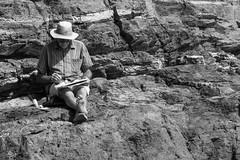 Acuarela de mar (markap) Tags: catalunya catalogna artist bianco nero artista acquerello acquarello catalonia watercolor painting rocks roccie mare sea mar playa spiaggia estate travel