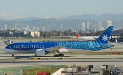 Air Tahiti Nui 787-900 Dreamliner (F-OMUA) - LAX Taxiway H  (3) (hsckcwong) Tags: airtahitinui 787900 7879 787 dreamliner fomua lax klax