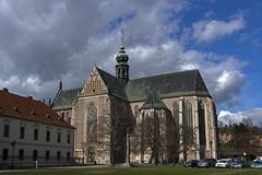 Bazilika Nanebevzetí Panny Marie - Brno (Angelus.H) Tags: starebrno brno southmoravianregion mendlovonáměstí