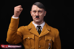 3R GM640 Adolf Hitler 1889-1945 Ver B - 03 (Lord Dragon 龍王爺) Tags: 16scale 12inscale onesixthscale actionfigure doll hot toys 3r did german ww2 axis