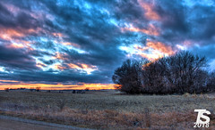 1/4 Winter Sunset over Northern Hardin County, IA near Ackley, IA 12-23-18 (KansasScanner) Tags: iowafalls ackley iowa bradford train railroad csx cn up iarr sunset