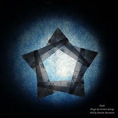 Paula (AnkaAlex) Tags: origami origamiart origamistar modulorigami modular modul star paperfolding paper paperfoldingart carmensprung bluestar
