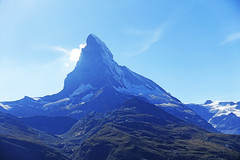 D20082.  The Matterhorn. (Ron Fisher) Tags: matterhorn gornergrat mountain thealps diealpen swissalps zermatt valais kantonwallis cantonvallese schweiz suisse svizzera switzerland sony sonyrx100iii sonyrx100m3 compactcamera