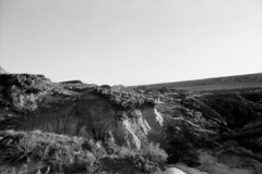 Horse Thief Canyon at Sunset - Mesa (Pics from the Bird Cage) Tags: fomapan fomapan100classic film bw monochrome blackandwhite analog 35mm classiccamera pentax pentaxmx drumheller drumhelleralberta ishootfilm pentaxian argentique analogue horsethiefcanyon sunset canyon