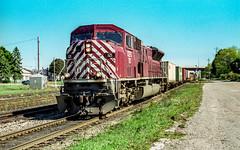 CEFX 121 (159) (Fred Haase) Tags: cefx cprail intermodal gm diesel leaser engine tracks purple cit