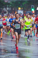LD4_9111 (晴雨初霽) Tags: shanghai marathon race run sports photography photo nikon d4s dslr camera lens people china weekend november 2018 thousands city downtown town road street daytime rain staff