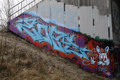 random graffiti (Thomas_Chrome) Tags: graffiti streetart street art spray can wall walls tampere suomi finland europe nordic illegal vandalism trackside liepo