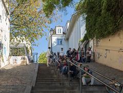 Lesson at Montmartre / Урок на Монмартре (dmilokt) Tags: город city town пейзаж landscape улица street dmilokt