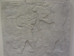 Frieze, musicians (Mesopotamia)    CaixaForum, Madrid, June 2018 (d.kevan) Tags: exhibitions caixaforum ancientinstruments displaycabinets june2018 madrid spain exhibits carvings frieze musicians mesopotamian