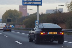 1985 Porsche 944 (NielsdeWit) Tags: nielsdewit car vehicle oldtimer classic rddr21 porsche 944 1985 a12 driving highway
