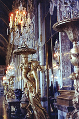 ☀️ (AloysiaVanTodd) Tags: analog argentique photography travel versailles castle gold luxury colors cinestill cinestill800 cinestillfilm negativefilm mirrors reflection statue woman art artisticnude artist perspective architecture natural light