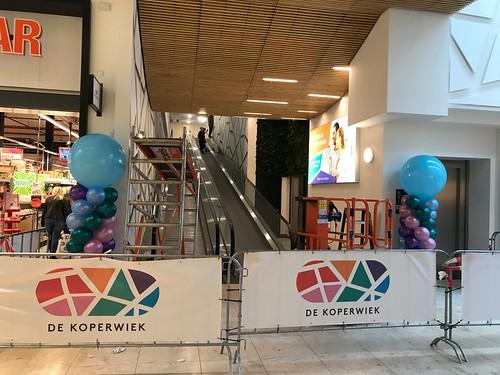 Ballonpilaar Breed Rond Opening Parkeergarage De Koperwiek Capelle aan den IJssel