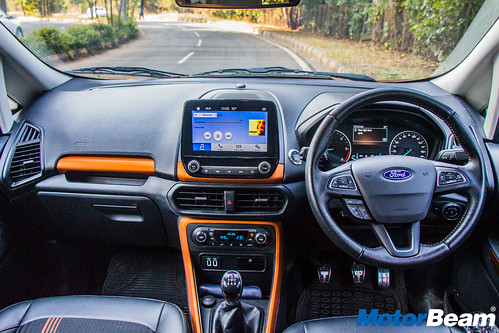 Ford-EcoSport-S-Long-Term-15