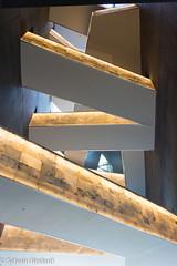 Passerelles - Walkways (Sylvain Bédard) Tags: architecture canadianmuseumofhumanrights lieux musée muséecanadiendesdroitsdelapersonne muséecanadienpourlesdroitsdelapersonne winnipeg escalier