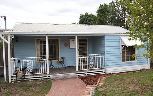 7 Bent Street, Tocumwal NSW 2714