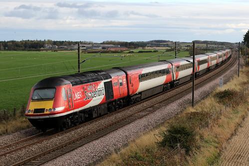 43274 'Spirit of Sunderland' and 43296 1E20