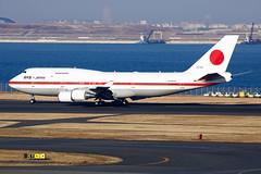 Japan Air Self-Defence Force (JASDF) | Boeing | 747-47C | 20-1102 (TFG Lau) Tags: rjtt hnd haneda tokyo airplane aeroplane aircraft aviation plane planespotting spotting canon canoneos eos eos5dmarkiii ahkgapworldwide japanairselfdefenceforce jasdf boeing boeing747 b747 b744 b747400 747 747400 201102