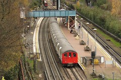 1570 North Acton (localet63) Tags: londonunderground 1570 centralline railadhesiontrain northacton