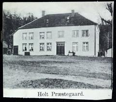 Postkort fra Agder (Avtrykket) Tags: bolighus hus postkort prestebolig uthus tvedestrand austagder norway nor