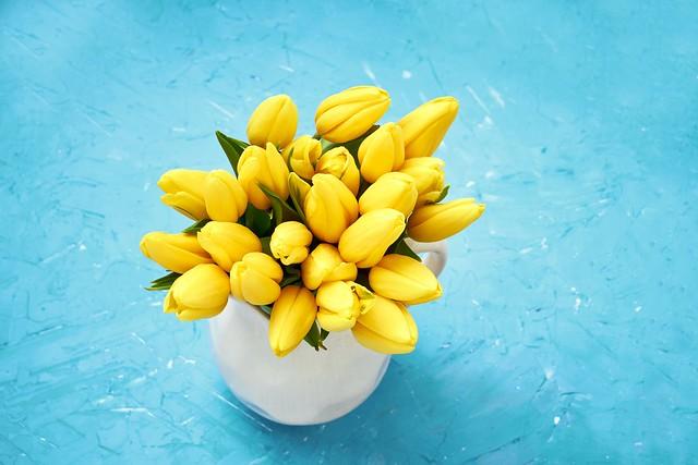 Обои цветы, букет, желтые, тюльпаны, fresh, yellow, flowers, tulips, spring картинки на рабочий стол, раздел цветы - скачать