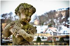 Flötenspieler (r.wacknitz) Tags: barockgarten blankenburg harz winter putte schloss schlossberg nikcollection nikond3400 nikkor