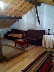 Buhardilla (brujulea) Tags: brujulea casas rurales pedrosa del rey valladolid hansel gretel buhardilla