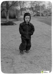 tm_6060 (Tidaholms Museum) Tags: svartvit positiv fotografier pojke huvudbonad mössa