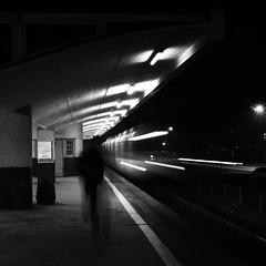 Józefów (maciej.rozum) Tags: nikon5500 sigma175028 blackwhite bw czarnobiałe train pociąg stacja station