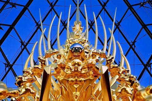 Throne (©Kohei NAWA   SANDWICH Inc.) @ Louvre, Paris