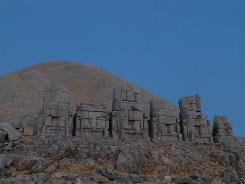 Thrones, Mount Nemrut (Nemrut Dağı), Turkey