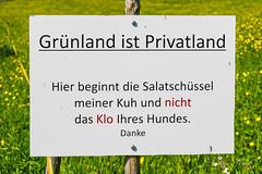 Wiese (olle.graf) Tags: 2018 olle fujifilm may meadow schweiz switzerland toggenburg unterwasser wiese xe2 altsanktjohann sanktgallen ch schild sign