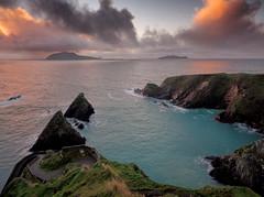 Dunquin (Des Daly) Tags: dingle pier windingroad sunset headland kerry wildatlanticway blaskets island