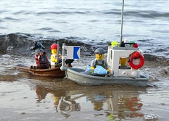 Fischkutter Ahoi! (captain_joe) Tags: toy spielzeug 365toyproject lego series14 minifigure minifig pirat zombie pirate cutlass kutter fischkutter kiel hasselfelde strand beach wasser water