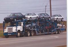 IH Fleetstar: E & L #7773 (PAcarhauler) Tags: ih international semi carcarrier truck tractor trailer