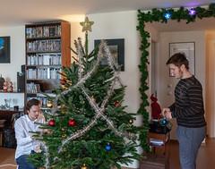 Decorating the Christmas tree (jpergunnar) Tags: timothy jonathan family christmas holiday peoplefamily