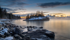 Sunrise at the Rock (Paul Domsten) Tags: tombolo minnesota lakesuperior horseshoebay pentax sunrise snow winter fog lake water greatlakes longexposure hovland northshore island landscape seasmoke