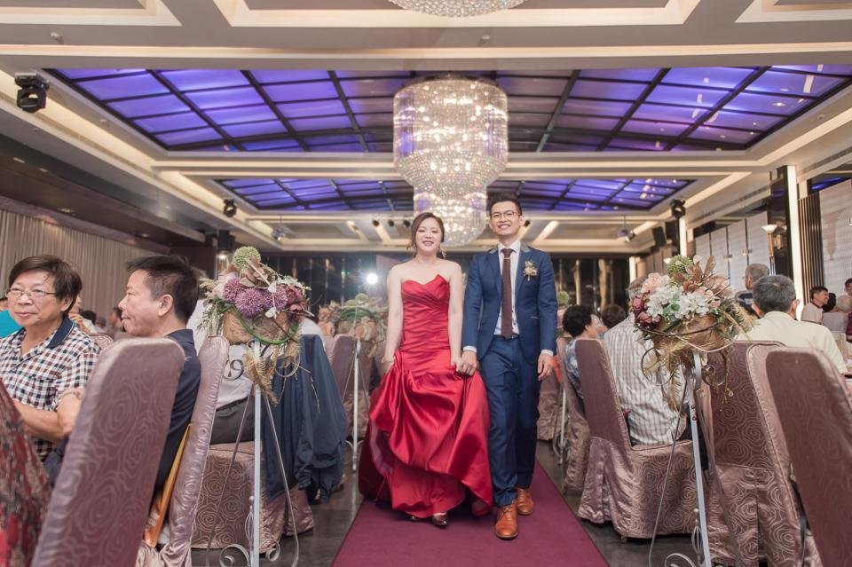 台南東東宴會式場 婚宴 走在幸福的紅毯上 R & B 159
