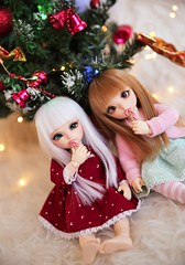 Merry Christmas! (SunShineRu) Tags: littlefee lishe fairyland bjd ball jointed doll dolls christmas candy cane canes red white holiday cute yosd ltf luna