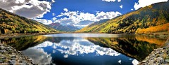 Crystal Lake Reflections & Fall Colour on the Million Dollar Highway, Ouray, Colorado, USA (Black Diamond Images) Tags: crystallake reflections fallcolour milliondollarhighway ouray colorado usa lake cloud clouds reflection milliondollarhwy fallcolor appleiphonex iphonexbackcamera iphonex iphone iphonexpanorama panorama iphonepanorama westernusatrip2018 2018 sky mountain autumncolour autumncolor autumn redredmountainpass redmountainnumber1 tree wood forest landscape road mountainside sanjuanmountains redmountain sanjuanskyway hwy550 ironton aspens colourfultrees co highway550