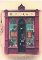 Blues Café, Kutna Hora (selphie10) Tags: café coffee bar bluescafé kutnahora czechrepublic place foodanddrink drink entrance door blues playing music enjoy restaurant mypersonalcollection
