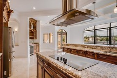 Dream kitchen to show off your cooking skills  🔪 (leveledmanagement) Tags: leveled management real estate photography miami photographer