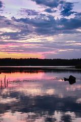 Schweden 08 350-1 (Andre56154) Tags: schweden08 schweden sweden sverige ufer see lake wasser water himmel sky wolke cloud abendrot afterglow sonnenuntergang sunset landschaft landscape