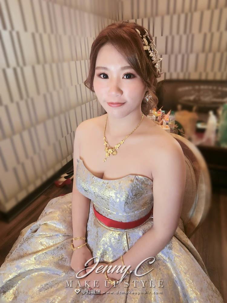 【新秘蓁妮】bride珈虹 結婚造型 /台南大成庭園餐廳