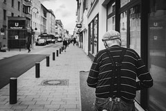 when it comes to trousers, i say safety first (Zesk MF) Tags: bw black white mono cologne street candid people strase zesk x100f fuji