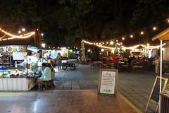 Pradipat Road, Bangkok (Stewie1980) Tags: bangkok thailand phayathai pradipat road camping ground thai food restaurant evening night outdoor กรุงเทพ ประเทศไทย