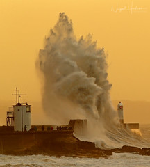Storm Eleanor (Nigel Hodson) Tags: canon 1dx 300mmf28mkii waves wave storm porthcawl sea seascape wales water bigwave lighthouse 14x stormeleanor