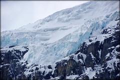 Precarious (Jasper NP, Canada) (armxesde) Tags: pentax ricoh k3 canada kanada rockymountains alberta jasper jaspernationalpark berg mountain snow schnee ice eis gletscher glacier columbiaeisfeld columbiaicefield